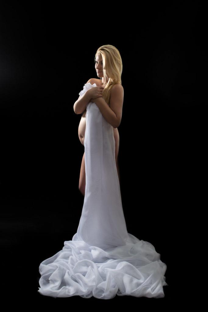 sensualna sesja ciążowa