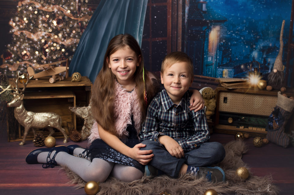 Hania i Henio na mini sesji świątecznej
