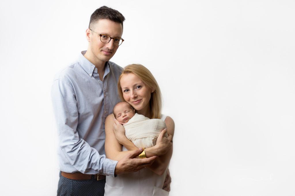 pierwsze dni życia dziecka