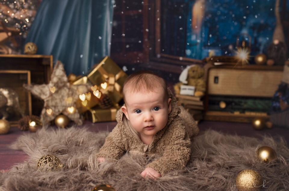 Agatka i jej pierwsza mini sesja świąteczna